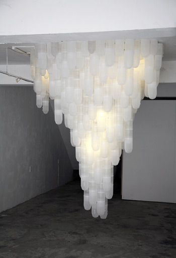 Deceive 2012, plastic shrimp traps, Lights, installation at PingPong art space Taiwan, size 300 x 300 x 350