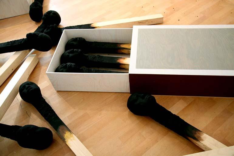 matchstickmeninstallation 2008 Material : Holz. Hartschaum, Acrylfarbe - Wolfgang Stiller