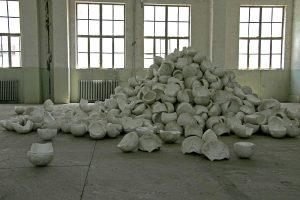 skulls , 2007 material: Styropor ca. 1000 cm x 800 cm x 250 cm - Wolfgang Stiller