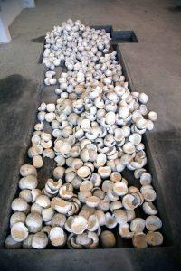 skulls, 2007 material: Styropor ca. 1000 cm x 800 cm x 250 cm - Wolfgang Stiller